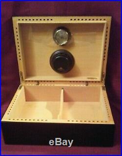 Antique Large 1876 Black Lacquer Designed Savinelli Cigar Humidor Box
