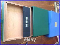 Eli Bleu Cigar travel humidor. Green leather in box