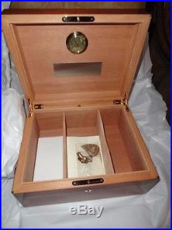 Elie Bleu Mahogany Humidor 100 Count new in original box
