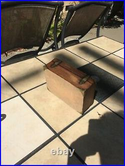 Solid Wood Oak Romeo y Julieta Cigar Box Humidor 9 3/4 x 7 x 3 3/4