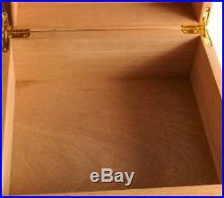 Yellow Cedar Humidor Box with Humidifier and Hygrometer Cohiba Style